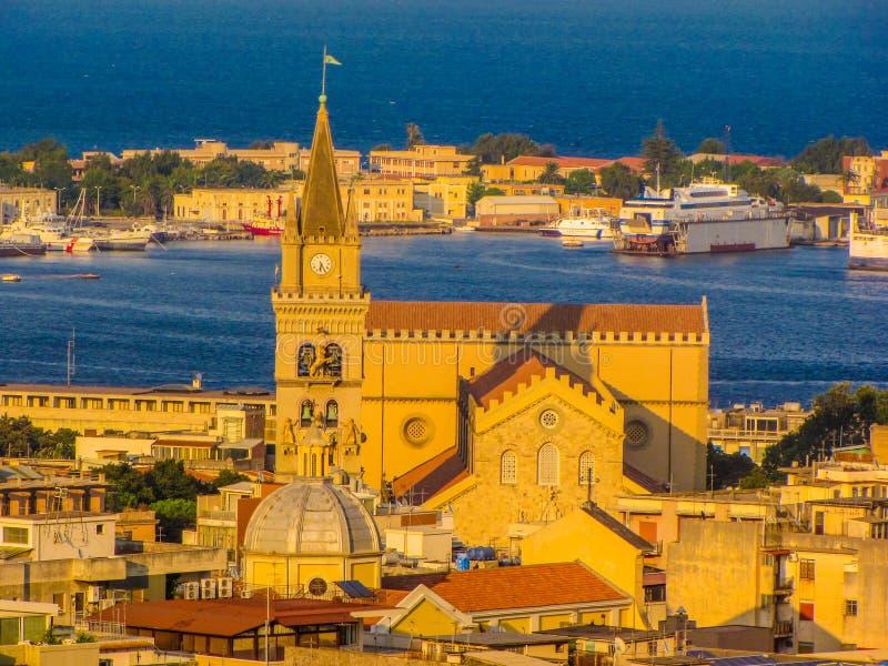 Catedral de Messina, Sicilia, Italia imagenes de archivo
