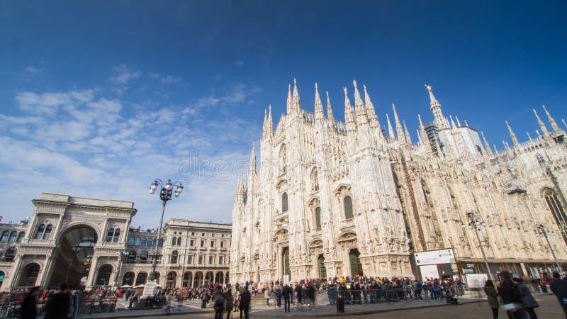 Catedral de Milán, de la moda y de la capital del diseño del mundo, foto de archivo