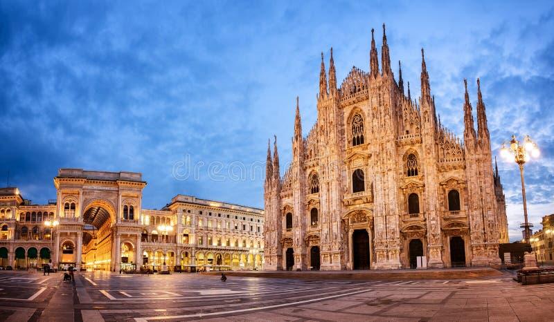 Catedral de Milão, Italy fotos de stock royalty free