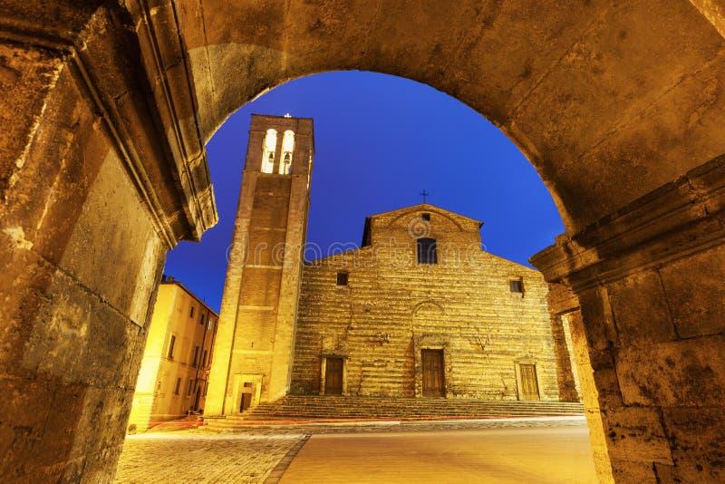 Catedral de Montepulciano em Piazza Grande em Montepulciano foto de stock royalty free