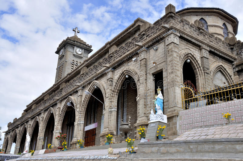 Catedral de Nha Trang imagem de stock royalty free