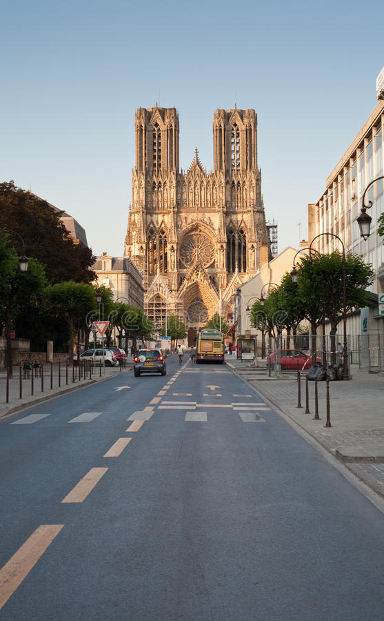 Catedral de Notre Dame em Reims, France fotos de stock