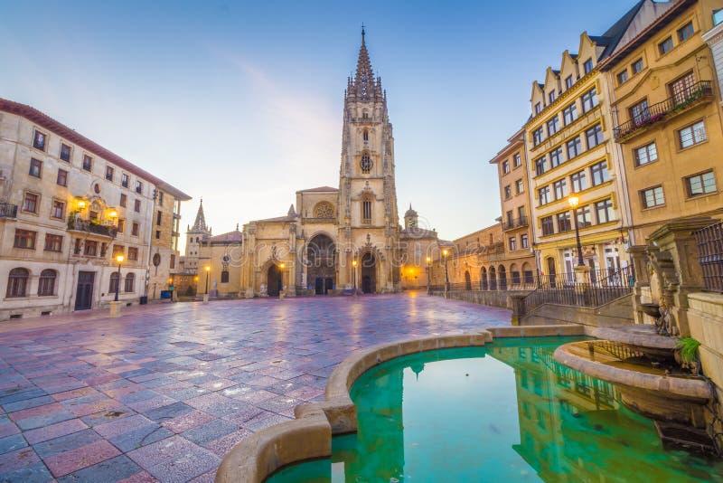 A catedral de Oviedo fotografia de stock royalty free