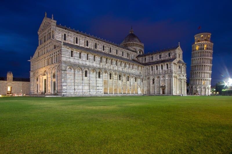 Catedral de Pisa y de la torre inclinada en el cuadrado de milagros, I fotos de archivo libres de regalías