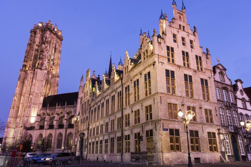 A catedral de Rumbold de Saint em Mechelen em Bélgica foto de stock royalty free