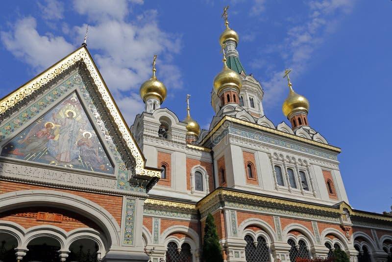 A catedral de São Nicolau, Viena, com suas cebolas da torre do ouro foto de stock