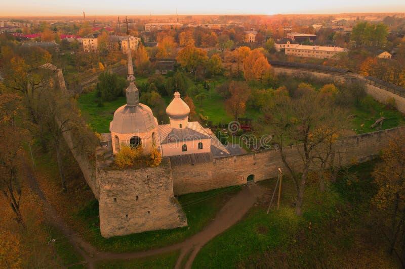 Catedral de S?o Nicolau Porkhov, R?ssia imagens de stock royalty free