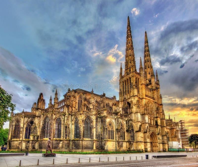 Catedral de Saint-Andre do Bordéus - França foto de stock royalty free