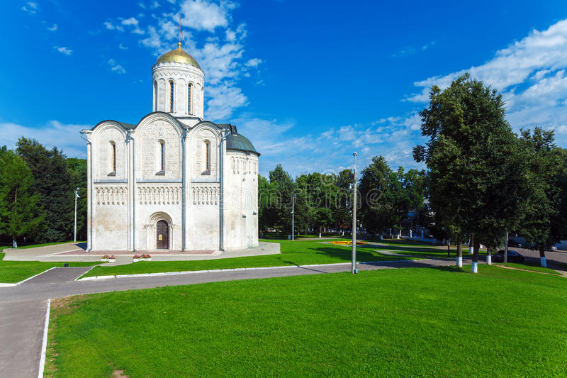 Catedral de Saint Demetrius (XII c ) em Vladimir, Rússia imagens de stock royalty free