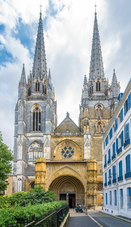 Catedral de Saint Marie em Bayonne - França imagem de stock