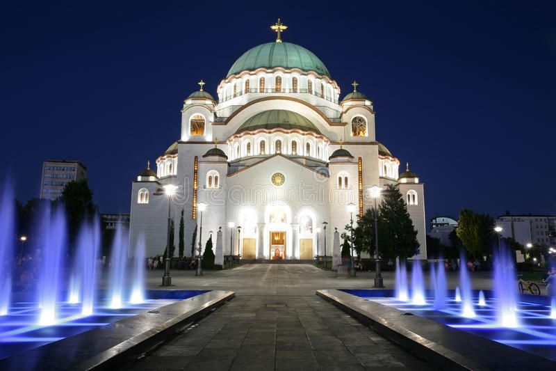 Catedral de Saint Sava em a noite foto de stock royalty free