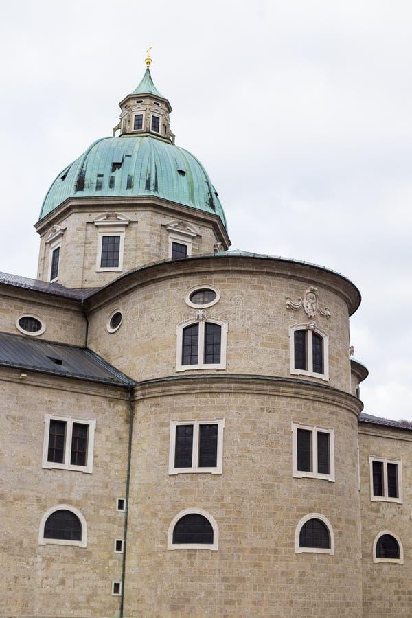 Catedral de Salzburg, también conocida como Dom de Salzburger fotografía de archivo