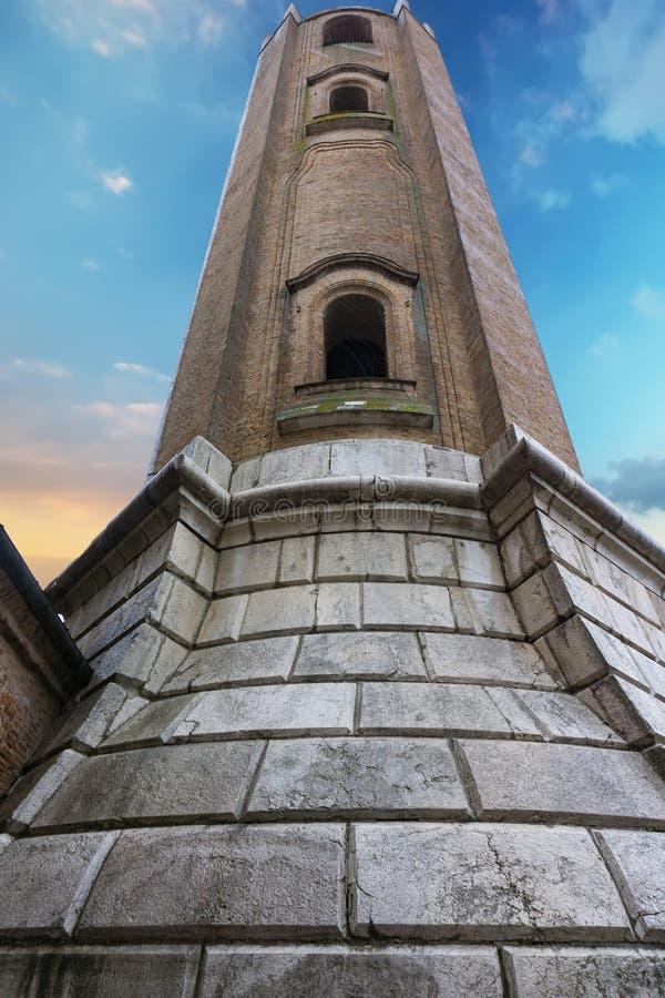 Catedral de San Cassiano en Comacchio, Italia imagen de archivo