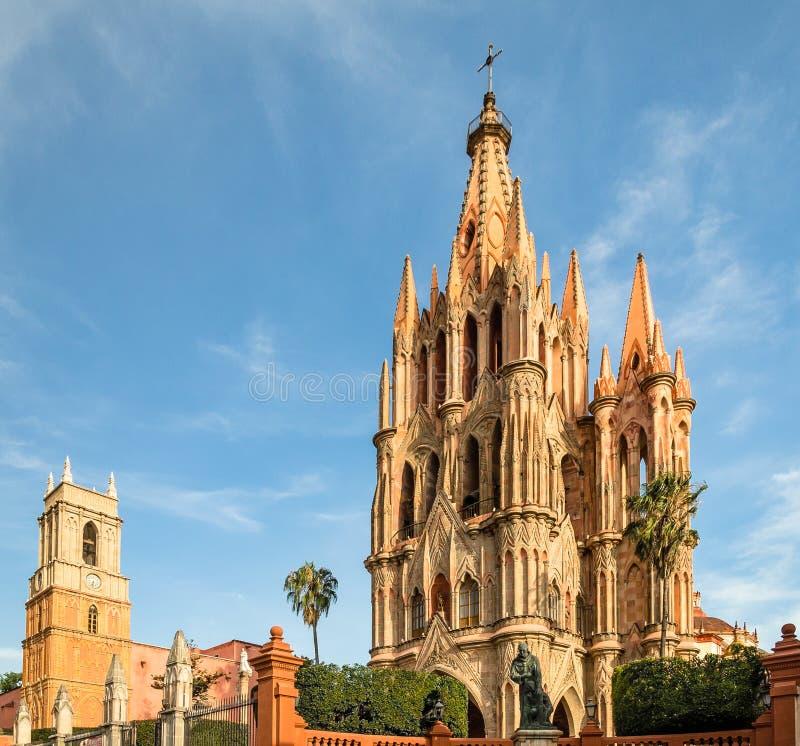Catedral de San Miguel de Allende em México imagens de stock