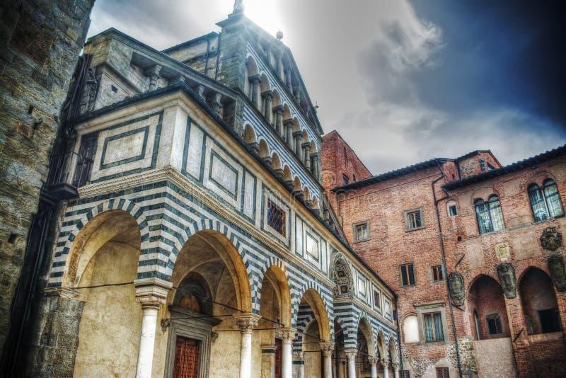 Catedral de San Zeno em Pistoia fotos de stock royalty free