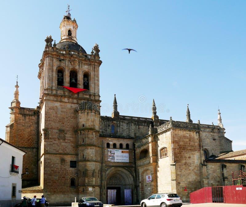 Catedral de Santa Maria de la Asuncion, dermis, Extremadura, España foto de archivo