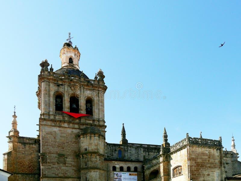 Catedral de Santa Maria de la Asuncion, dermis, Extremadura, España imagen de archivo libre de regalías