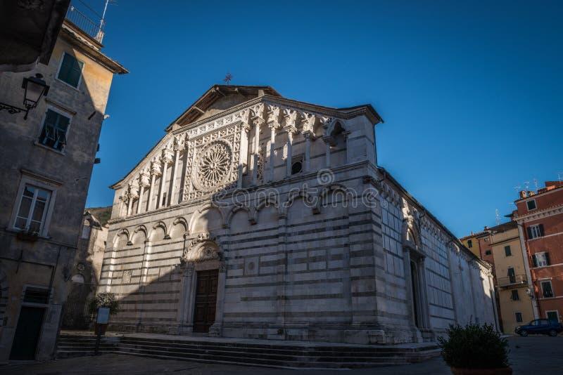 Catedral de St Andrew en Carrara imagen de archivo libre de regalías