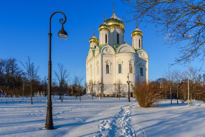 Catedral de St Catherine velikomuchennitsy en invierno pushkin St Petersburg Rusia fotos de archivo