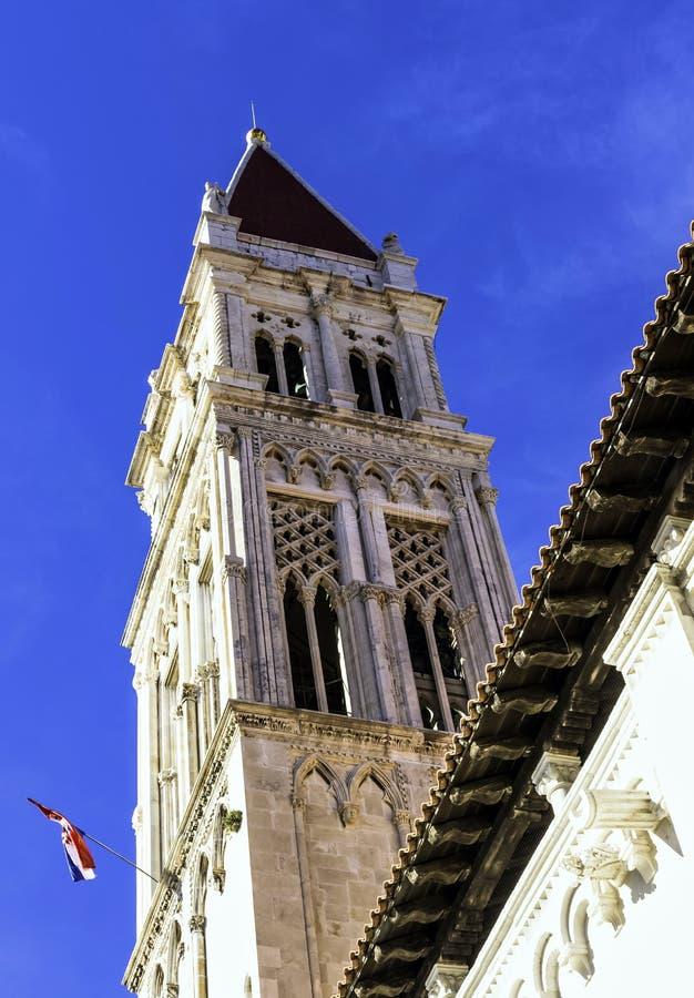 Catedral de St Lawrence na cidade histórica de Trogir, Croácia foto de stock