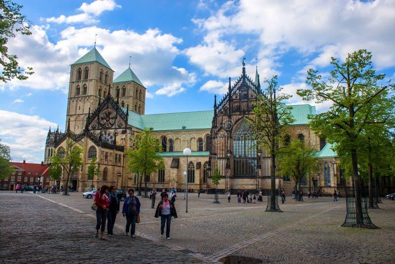 A catedral de St Paul em Munster imagem de stock