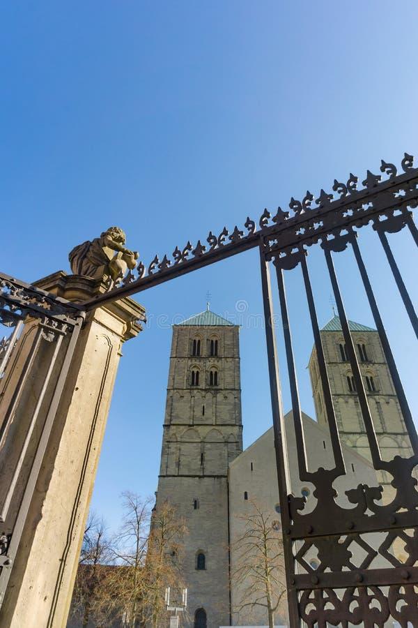 A catedral de St Paul, Reno norte Westphalia do nster do ¼ de MÃ fotos de stock