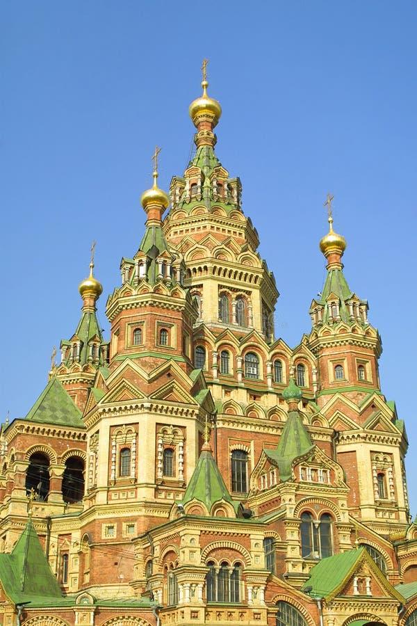 Catedral de St. Peter e Paul em Peterhof fotos de stock royalty free
