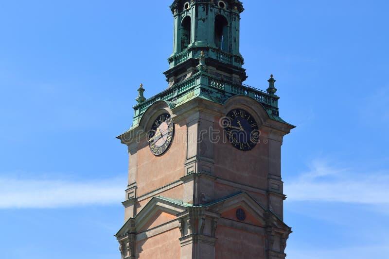 Catedral de Storkyrkan da torre em Éstocolmo em sweden no feriado fotografia de stock royalty free
