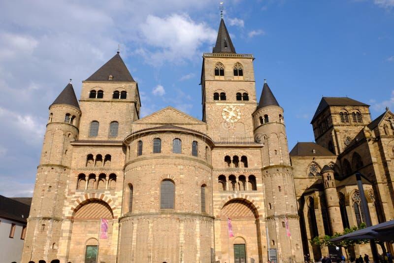 Catedral de uma cidade do Trier fotografia de stock royalty free