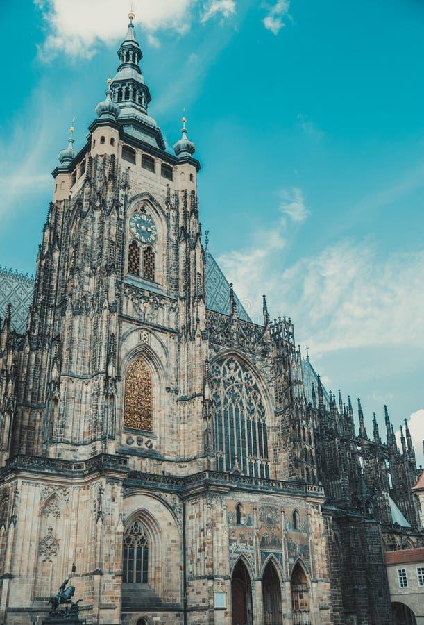 Catedral de Vitus del santo en Praga imágenes de archivo libres de regalías