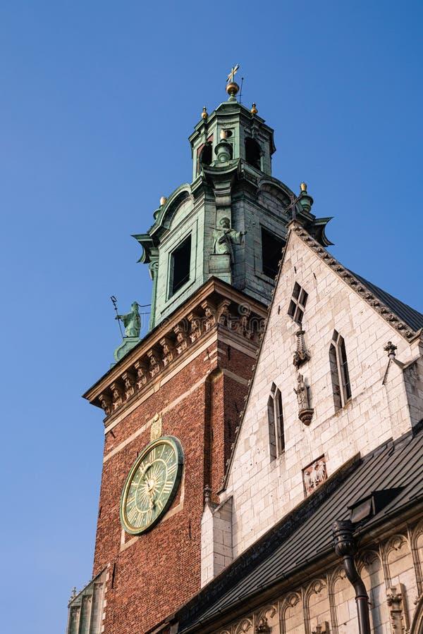 Catedral de Wawel, no interior do castelo de Wawel, em Cracóvia, Polônia imagem de stock royalty free
