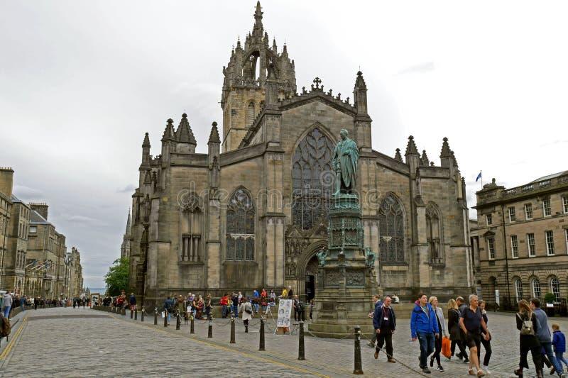 Catedral del ` de St Giles en la calle real de la milla, Edimburgo imágenes de archivo libres de regalías