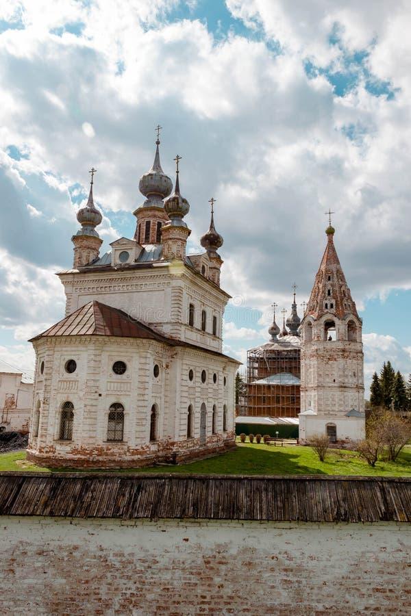 Catedral del monasterio de Michael Archangel en Yuryev-Polsky, Vladimir Region, Rusia foto de archivo