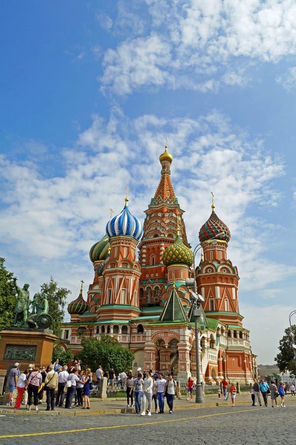 Catedral del ` s de la albahaca del St en la Plaza Roja, Moscú, Rusia imagen de archivo