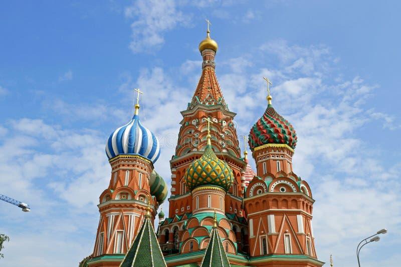 Catedral del ` s de la albahaca del St en la Plaza Roja, Moscú, Rusia imagen de archivo libre de regalías