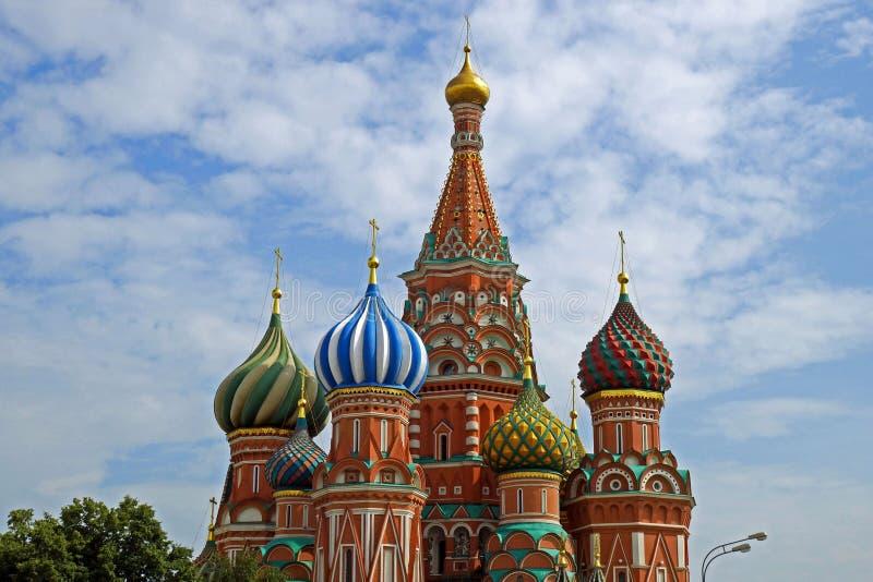 Catedral del ` s de la albahaca del St en la Plaza Roja, Moscú, Rusia fotos de archivo