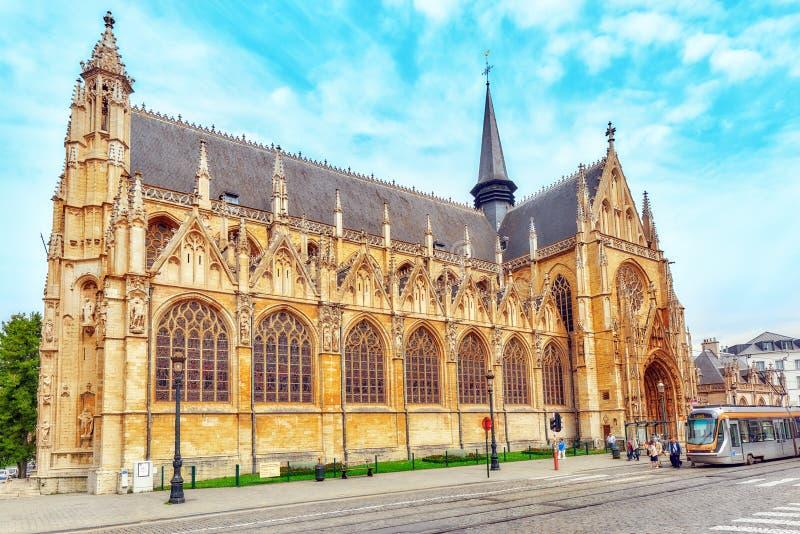 Catedral del ` s de Notre Dame du Sablon en Bruselas, Bélgica y la E fotos de archivo