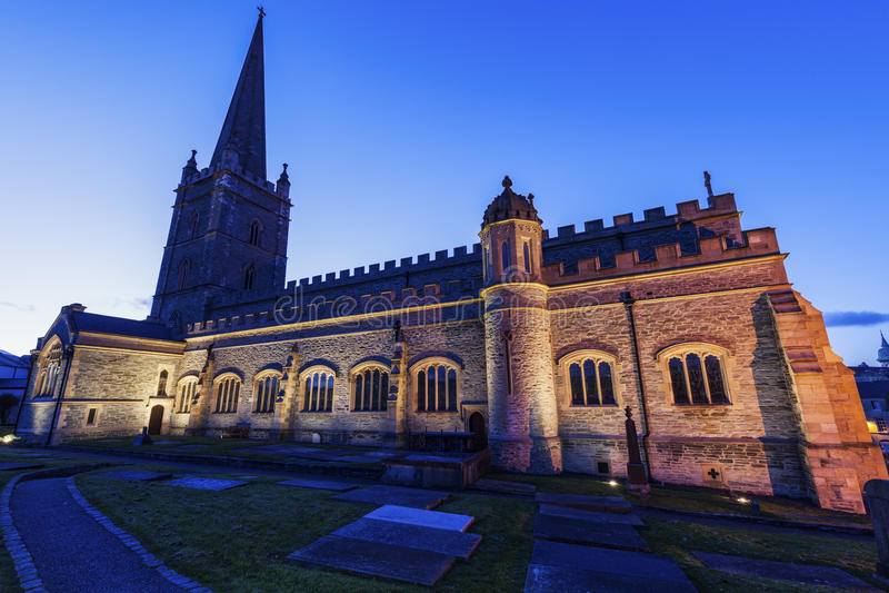 Catedral del St Columb en Derry fotografía de archivo