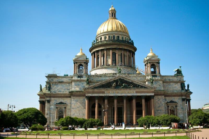 Catedral del St. Isaac y el jinete de bronce fotografía de archivo libre de regalías