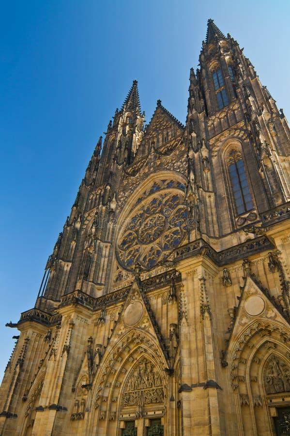 Catedral del St. Vitus en el castillo de Praga fotos de archivo