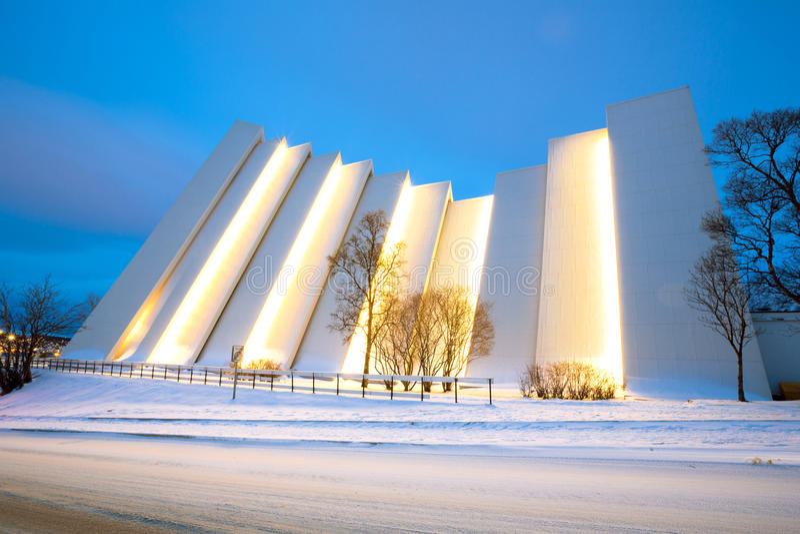 Catedral do ártico de Tromso fotos de stock royalty free