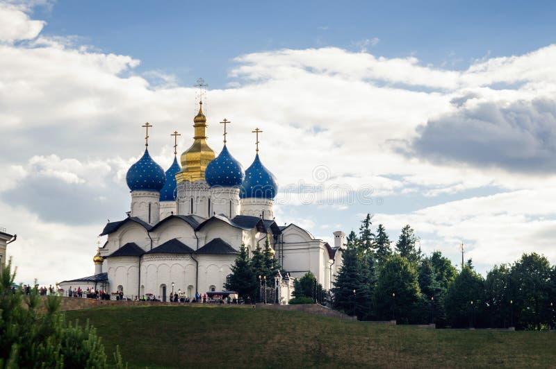 Catedral do aviso do monumento do Kremlin de Kazan da arquitetura do russo do século XVIII imagens de stock royalty free