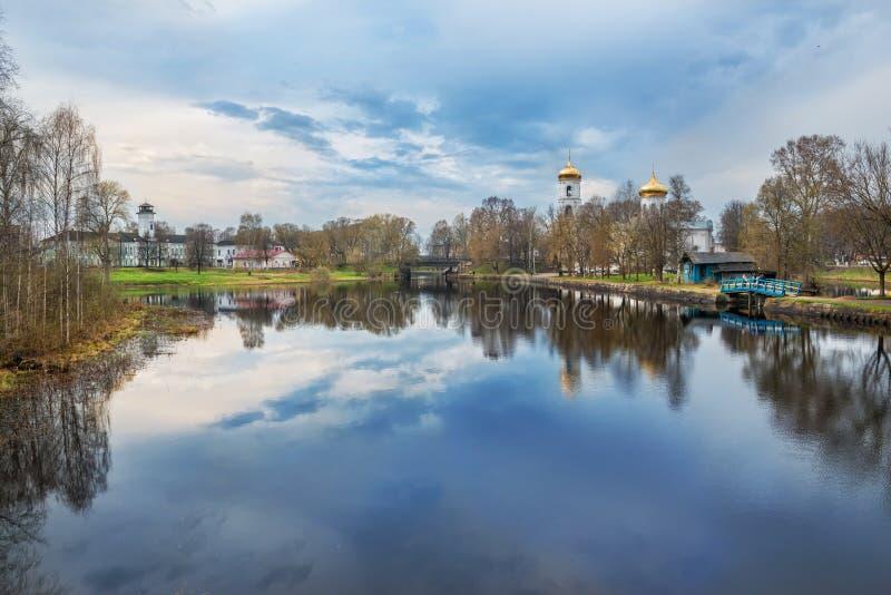 A catedral do esmagamento no rio de Tsna foto de stock royalty free