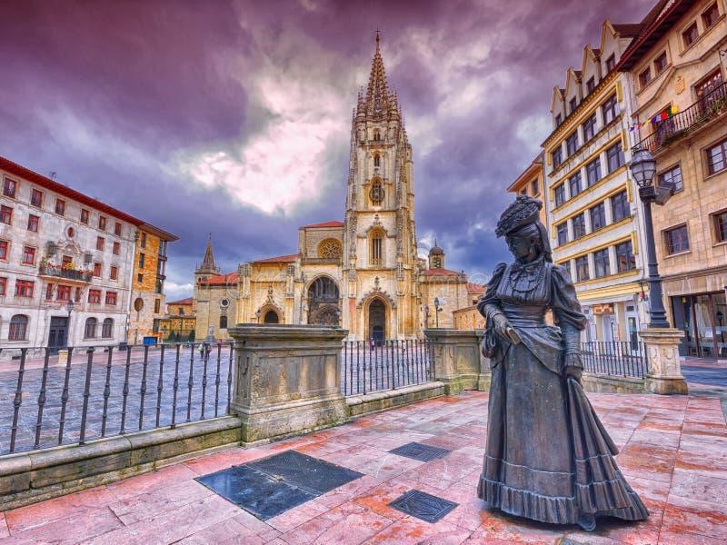 Catedral do San Salvador em Oviedo, Espanha foto de stock royalty free