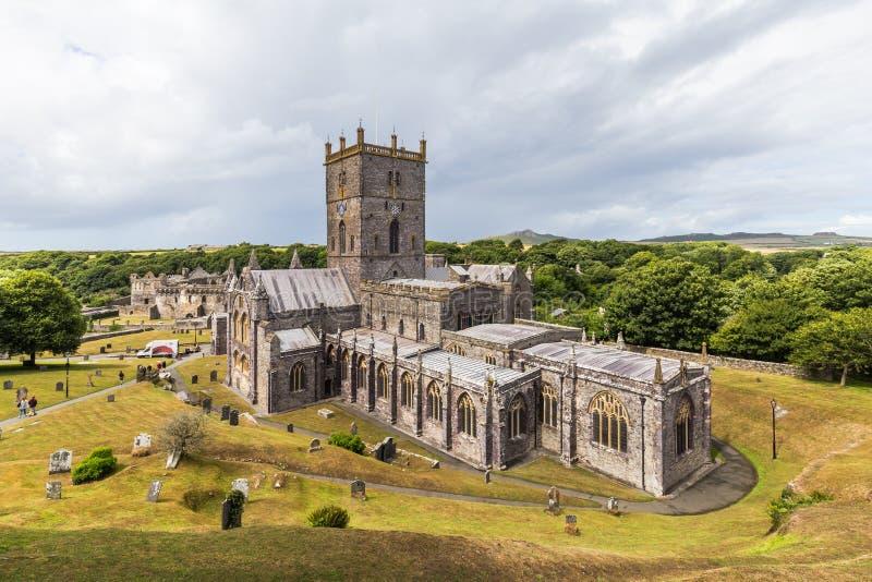 Catedral do St Davids em Pembrokeshire, Gales, Reino Unido imagem de stock royalty free
