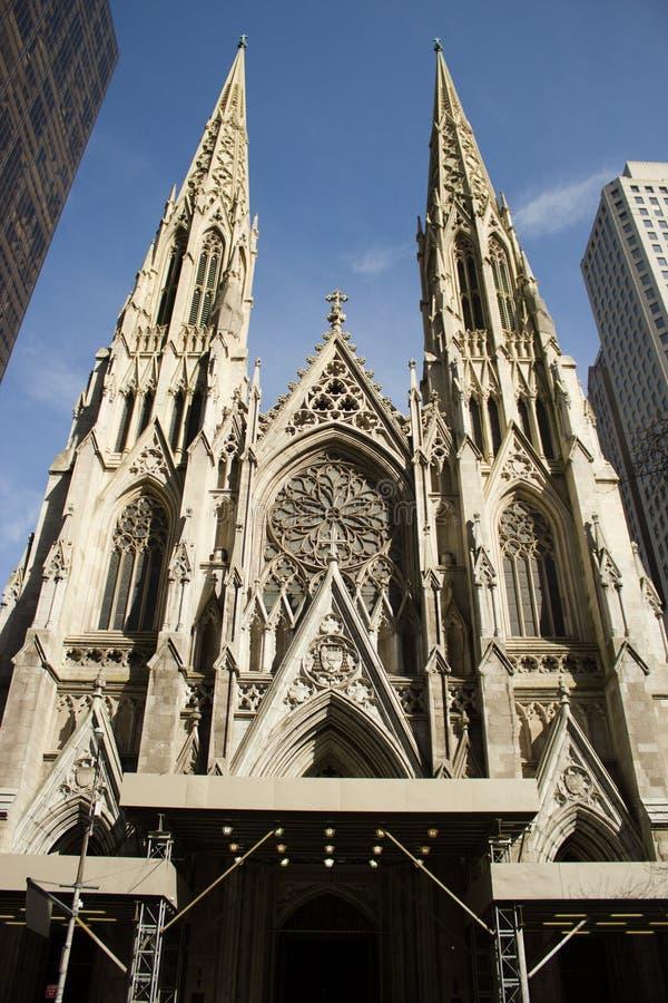 Catedral do St. Patrick, NY imagens de stock