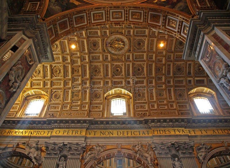 Download Catedral do St Peters foto de stock. Imagem de ouro, ornate - 12810724