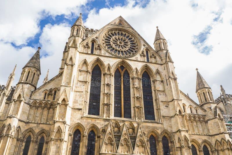 A catedral e a igreja de Metropolitical de St Peter em York, conhecida geralmente como a igreja de York fotos de stock