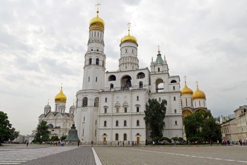 Catedral e Ivan del arcángel la gran Bell en la Moscú el Kremlin moscú Rusia fotografía de archivo