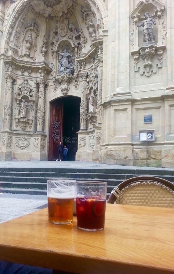 Catedral e sangria imagem de stock royalty free